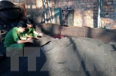 Vụ vỏ càphê trộn sỏi và nhuộm pin: Khởi tố vụ án, tạm giữ 5 đối tượng