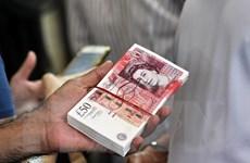 Anh: Thâm hụt ngân sách thấp nhất trong hơn 1 thập kỷ