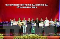 8 giải A sáng tác theo chủ đề học, làm theo gương Chủ tịch Hồ Chí Minh