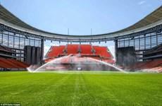 Đá bóng giữa hai châu lục tại thành phố kỳ lạ Yekaterinburg