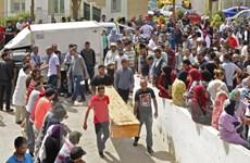 Thủ tướng Tunisia sa thải Bộ trưởng Nội vụ sau vụ đắm tàu ngoài khơi