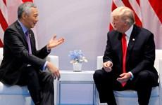 Tổng thống Mỹ Donald Trump gặp Thủ tướng Singapore Lý Hiển Long