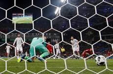De Gea bị so sánh với Karius vì 'biếu không' bàn thắng cho Ronaldo