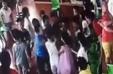 Chấm dứt hợp đồng với 3 giáo viên 'làm ngơ' để trẻ bị 'đánh hội đồng'