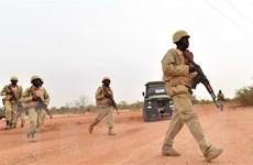 Tấn công khủng bố liên hoàn gây nhiều thương vong tại Burkina Faso