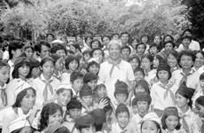 Hình ảnh về một số hoạt động nổi bật của nguyên Tổng Bí thư Đỗ Mười