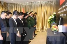 Lễ viếng nguyên Tổng Bí thư Đỗ Mười tại Lào, Malaysia và Singapore