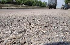 Quốc lộ 1A đoạn đi qua Bình Định bị hư hỏng nghiêm trọng