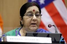 Ngoại trưởng Ấn Độ Sushma Swaraj thăm 2 quốc gia vùng Vịnh