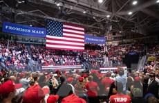 Hàng chục triệu người Mỹ bắt đầu đi bầu cử Quốc hội giữa nhiệm kỳ