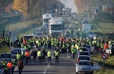 1.000 cuộc biểu tình nổ ra tại Pháp phản đối tăng thuế nhiên liệu