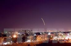 Lực lượng phòng không Syria đánh chặn mục tiêu gần sân bay Damascus