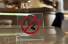 Nhắn tin điện thoại - giải pháp mới cho người cai thuốc lá