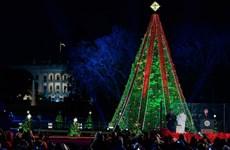 Xảy ra tranh cãi, nước Mỹ trải qua đêm Giáng sinh không an lành