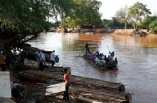 Ethiopia: Tàu bị lật do chở quá tải, ít nhất 12 người thiệt mạng