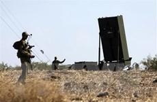Đáp trả các vụ bắn rocket, quân đội Israel tấn công Dải Gaza