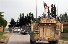 Quan chức Mỹ: Quân đội đã bắt đầu rút một số khí tài khỏi Syria