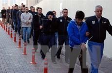 Thổ Nhĩ Kỳ ra lệnh bắt hơn 100 binh sỹ liên quan đến giáo sỹ Gulen