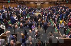 Nhiều người dân Anh vui mừng về kết quả bỏ phiếu tại Hạ viện