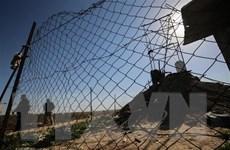 Israel xây dựng hàng rào khổng lồ cao 6m ngăn cách Dải Gaza