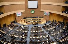 AU kêu gọi các cường quốc ngừng mọi hoạt động can thiệp vào Libya