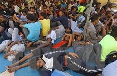 Trên 100 người di cư trái phép được giải cứu ngoài khơi Libya