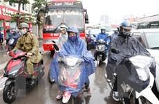 Thủ đô Hà Nội mưa rét, sáng có sương mù, nhiệt độ rớt xuống 14 độ C