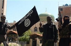 SOHR: 150 tay súng thuộc tổ chức IS đầu hàng ở miền Đông Syria