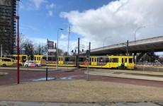 Vụ tấn công tại Hà Lan: Thủ phạm đã xả súng vào tàu điện