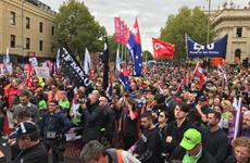 Australia: Hàng chục nghìn người tuần hành đòi tăng lương ở Melbourne