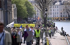 Pháp: Phe 'Áo vàng' tiếp tục biểu tình quy mô lớn tại nhiều thành phố