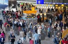 Phát hiện thiết bị không người lái, sân bay Frankfurt ngừng hoạt động
