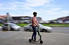 Sau tranh cãi gay gắt, Đức 'bật đèn xanh' cho xe scooter điện