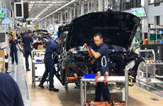 BMW vẫn quyết định đầu tư tại Mexico bất chấp thuế quan của Mỹ