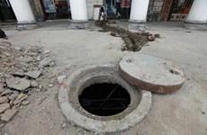 Dọn bể chứa rác thải khách sạn ở Ấn Độ, 7 người bị chết ngạt