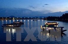 Hình ảnh sông Hương đẹp quyến rũ, làm say lòng du khách về đêm