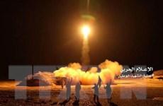 Phiến quân Houthi bắn tên lửa vào nhà máy điện của Saudi Arabia