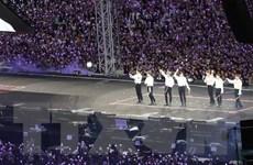 """""""Love Yourself: Speak Yourself"""" của BTS là tour diễn đắt khách nhất"""