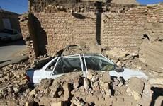 Thương vong tăng sau trận động đất ở Iran, nhiều ngôi nhà bị phá hủy