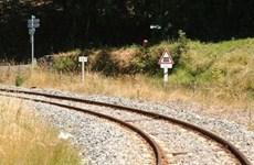 Pháp: Tàu hỏa đâm ôtô chết máy khiến nhiều người thương vong