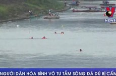 [Video] Người dân Hòa Bình vẫn vô tư tắm ở sông Đà dù bị cấm