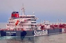 Tàu chiến Anh đã cảnh báo các lực lượng Iran không bắt tàu chở dầu