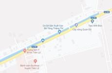 Hưng Yên: Xe chở khách va chạm với container làm 17 người bị thương
