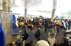 Hong Kong huy động hàng nghìn cảnh sát để giữ trật tự sân bay