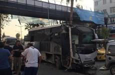 Đánh bom nhằm vào xe chở cảnh sát ở Thổ Nhĩ Kỳ, 5 người bị thương