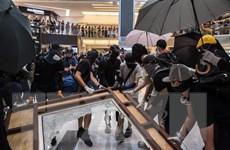 Hong Kong sắp ban bố lệnh cấm bịt mặt khi tụ tập nơi công cộng