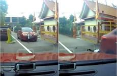[Video] Cậu bé 3 tuổi thoát chết thần kỳ dưới gầm ôtô