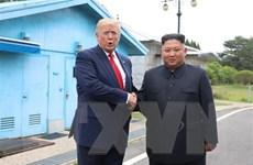 Tổng thống Trump ám chỉ về cú điện đàm với nhà lãnh đạo Triều Tiên