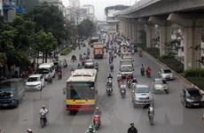 Tăng nhanh lượng xe buýt để giảm phương tiện cá nhân vào nội đô