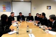 Vụ 39 thi thể: Đoàn công tác Bộ Ngoại giao làm việc tại Anh